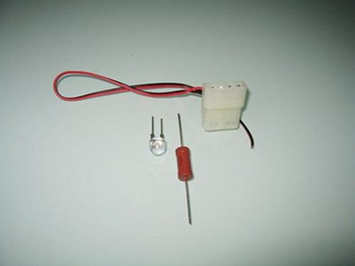 4-pin molex, светодиод и резистор